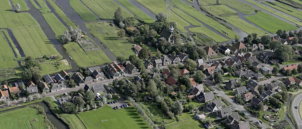 Luchtfoto Grootschermer te gemeente Alkmaar